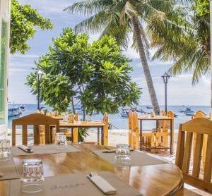 breezekohtao.com restaurant on the beach koh tao